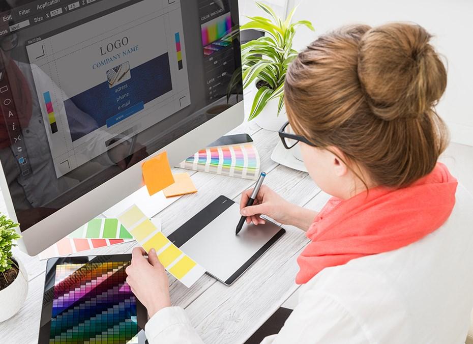 freelance graphics designer